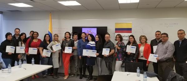 """Con el taller el taller de liderazgo """"Atrévete a Reinventarte"""" el Consulado de Colombia en Vancouver conmemoró el día de la memoria y solidaridad"""